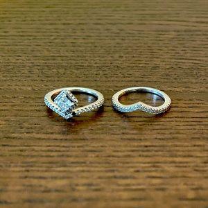 Pandora Sparkling Wishbone and Square Wishbone Ring Set
